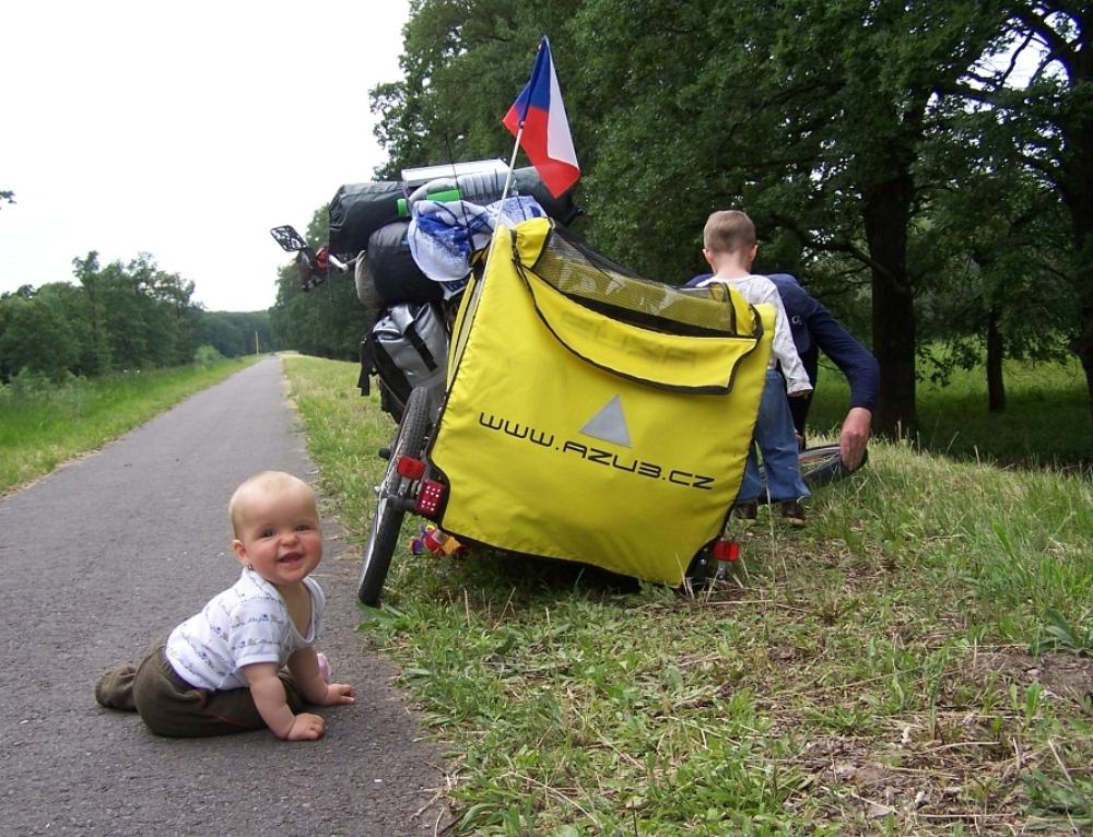 S dětmi na dovolené našlapou i 3000 kilometrů. Zigáčkovi prostě jezdí na kolech!