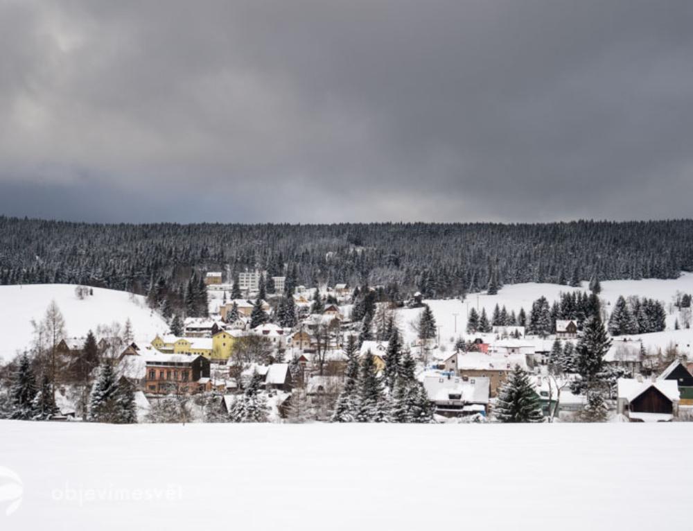 Lyžování v Krušných horách nám přineslo pohodu v Perninku, bez turistů!