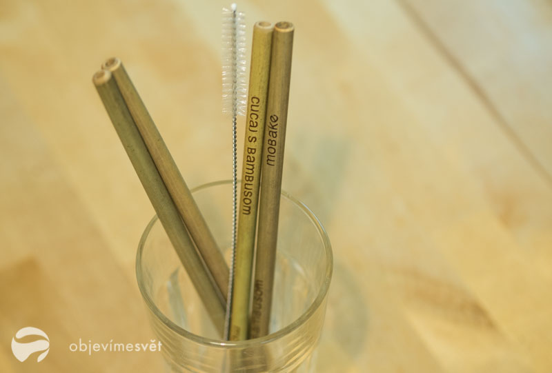 Bambusová brčka.