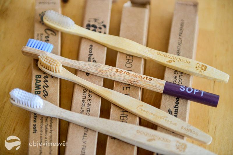 Bambusové kartáčky na zuby