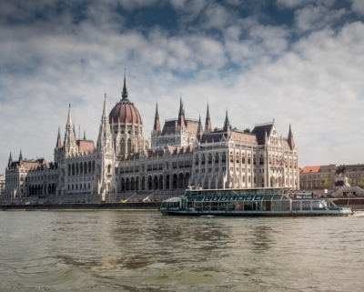 Pohled na budapešťský parlament