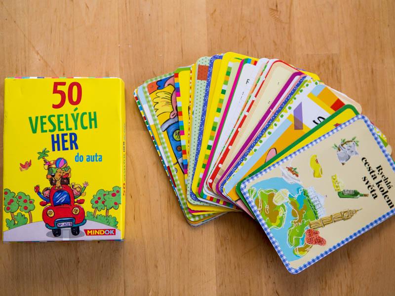 kartičky s hrami do auta pro děti