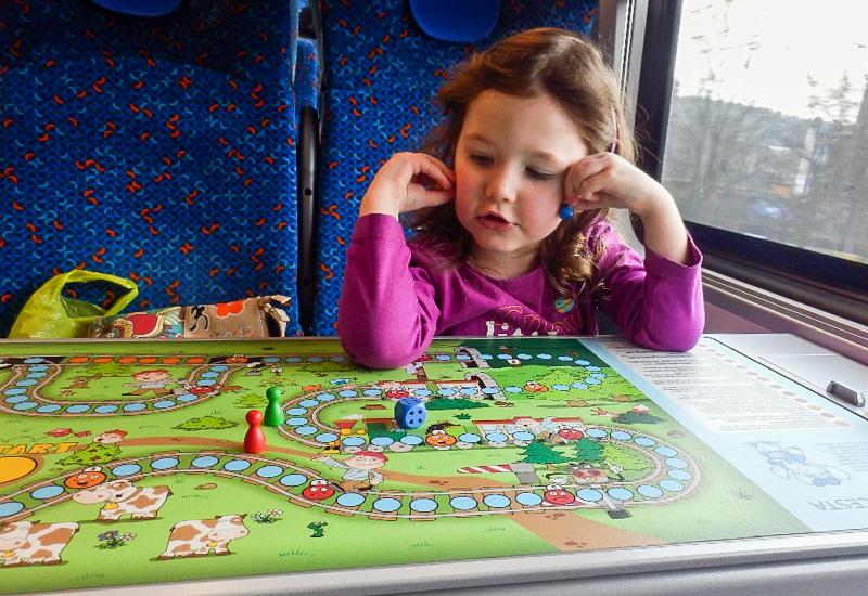 Hrajeme si ve vlaku