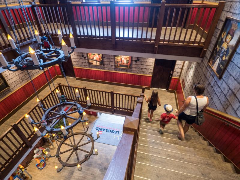 Schodiště v Královském hradě v Legolandu