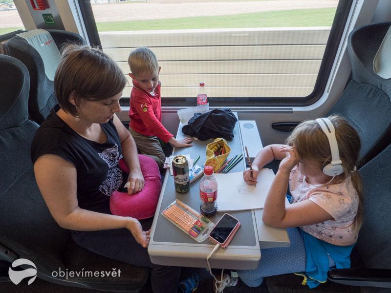 Cestování s dětmi vlakem