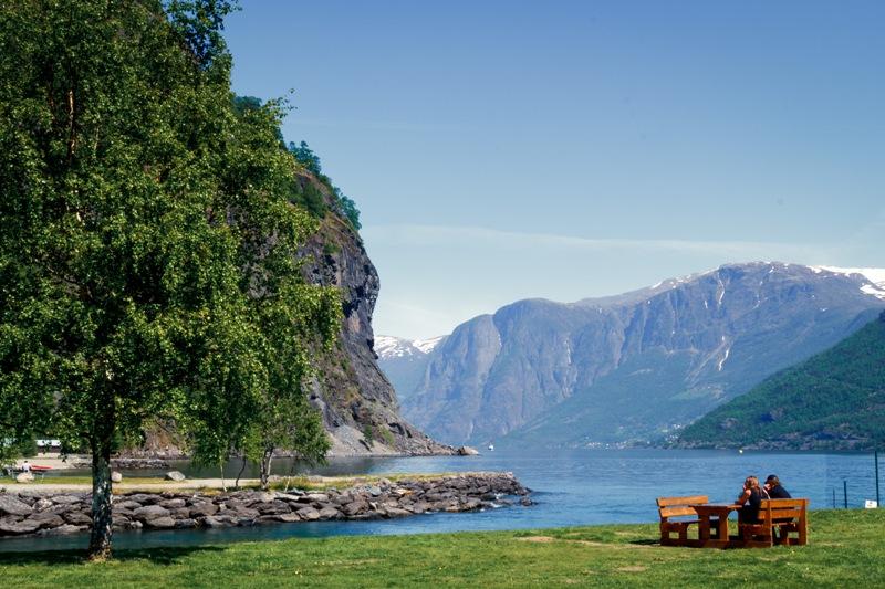 Norsko se pyšní krásnou železnicí, která končí ve vesnici Flam