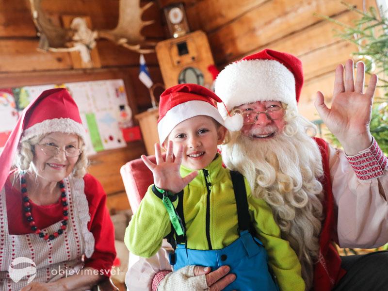S dětmi ve Finsku u Santy